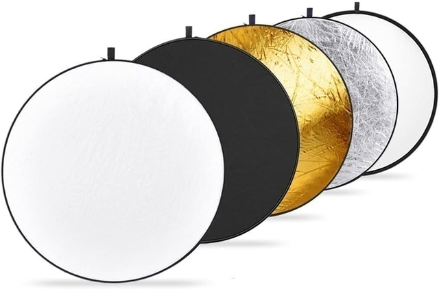 Neewer Portable 5-in-1 Multi-Disc Light Reflector 1
