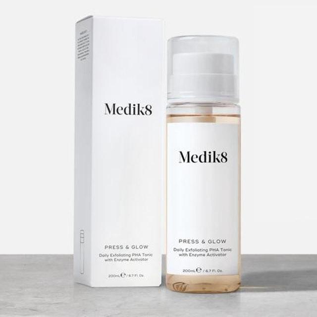 Medik8 Press & Glow 1