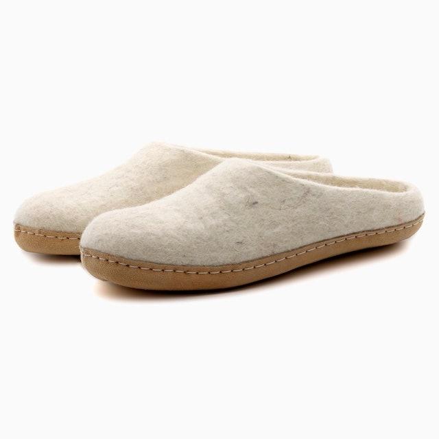 Nootkas Women's Astoria Wool House Slippers 1