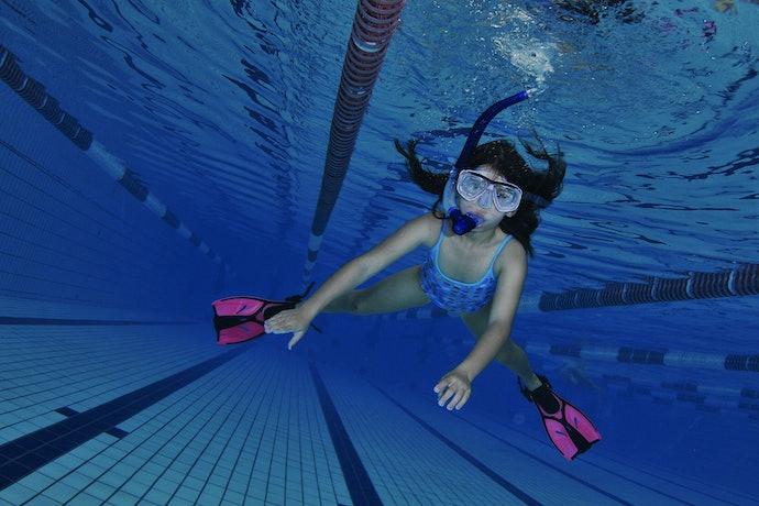 Dry Snorkeling Tube for Submerging