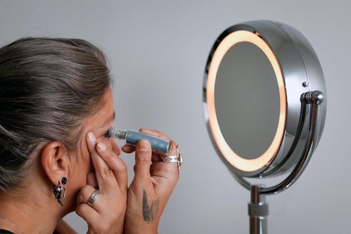 Understand the Benefits of Adjustable Lighting