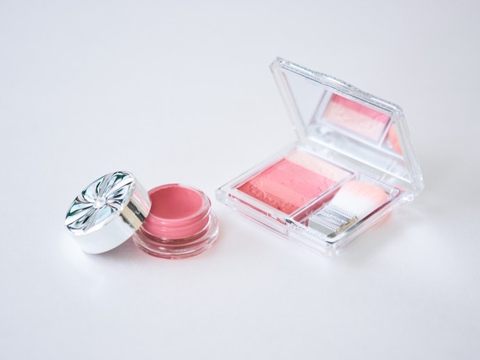 Make the Color Last Longer by Using it Together with Cream Blush