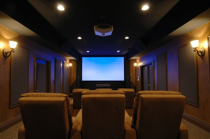 Home Theater Projectors are Perfect for Simulating a Cinema Environment