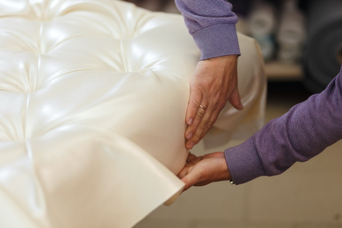 Choose Between Custom, Semi-Custom, and Ready-Made Couch Covers
