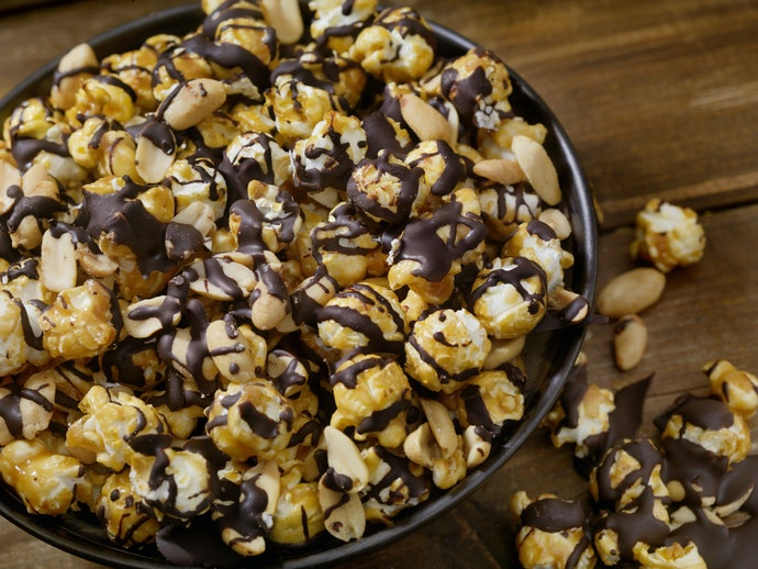 An Easy, Delicious, and Healthy Chocolate and PB Popcorn Recipe