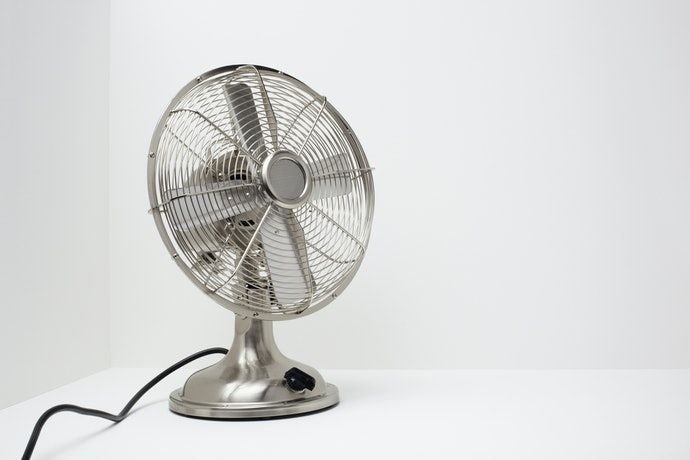 Go With Electric Fans for Large Spaces