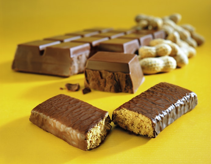 Choose Chocolate Covered Protein Bars for Instant Energy