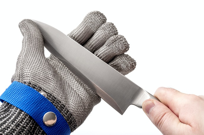 Metal Mesh and High-Performance Polyethylene Gloves Offer Maximum Protection