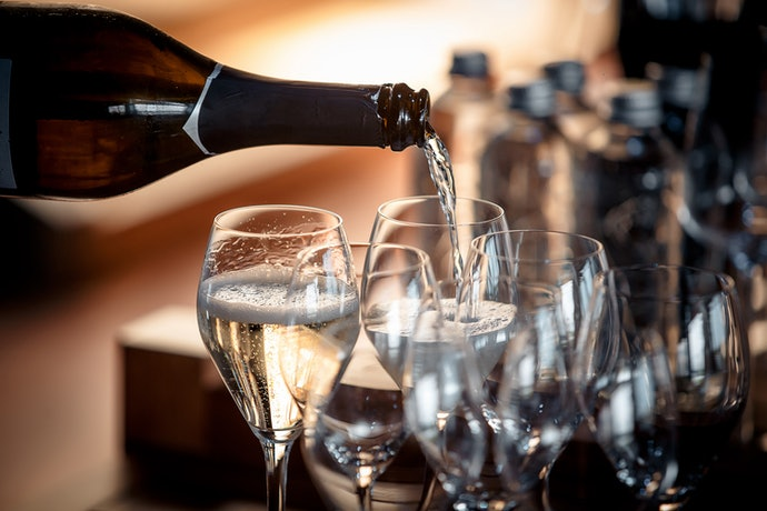 Choose a Tulip Glass for the Best Champagne Drinking Experience