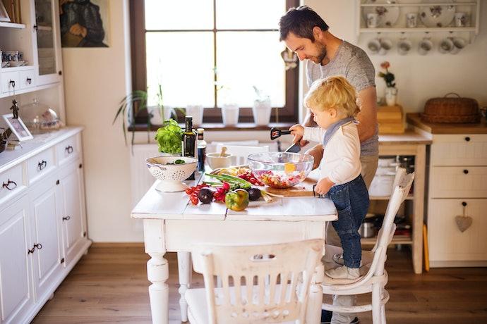 What is a Kitchen Helper
