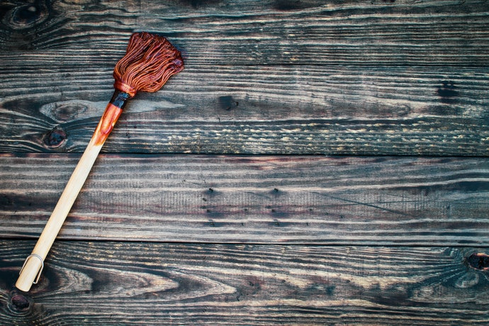 Choose a Basting Mop for Thicker Sauces