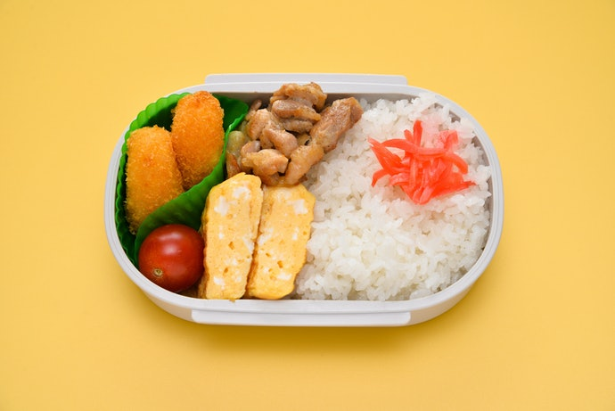 A Bento Doesn't Have to Have Built-In Compartments