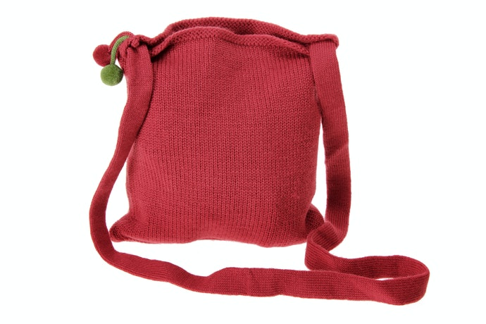 For Versatile Style, Check out Crossbody Bags Made from Fabric
