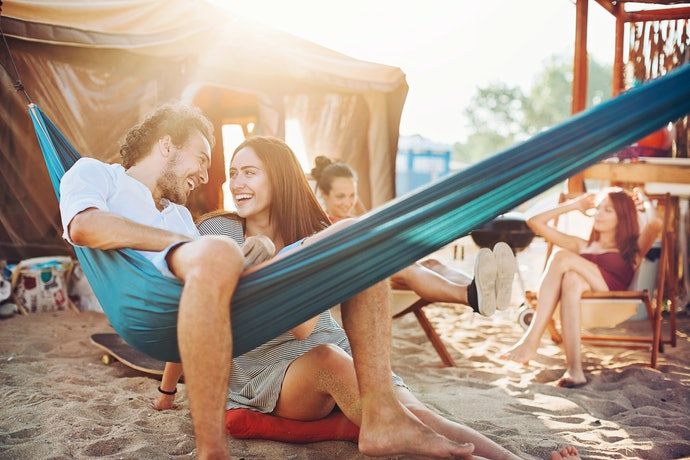 Get a Portable Hammock for Travel and Camping