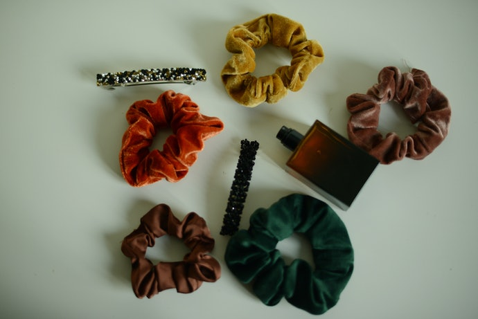 Scrunchies for a Retro Look That's Making a Comeback