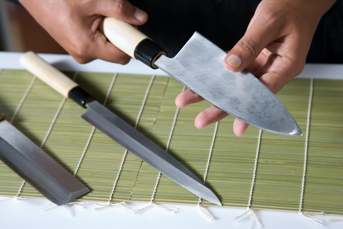 Handle Material Defines a Knife's Longevity