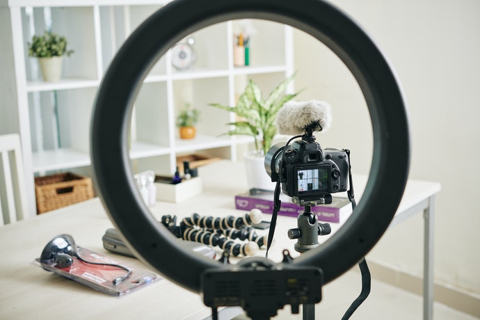 Get a Ring Light With Accessories That You Need
