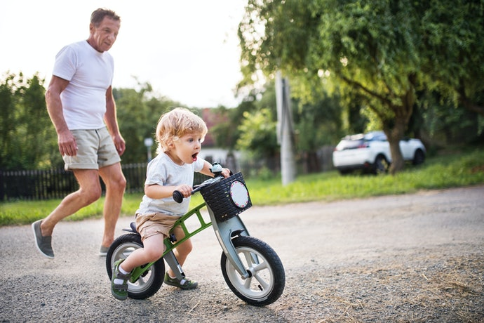 Match a Toddler Balance Bike With Their Height