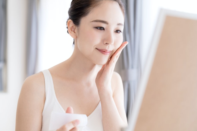 A Lightweight, Gel-Like Consistency Can Work Wonders on Oily Skin