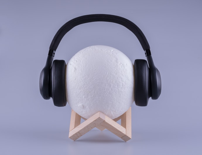 Find a Headphone Stand That's Stable