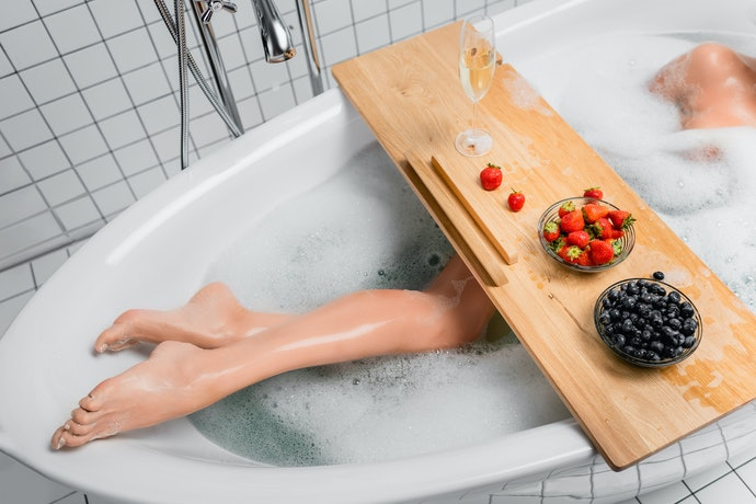 Deeper Trays Can Limit Your Leg Room Inside the Tub