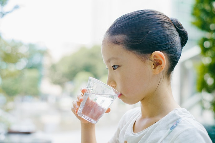 Is water flavoring bad for you?