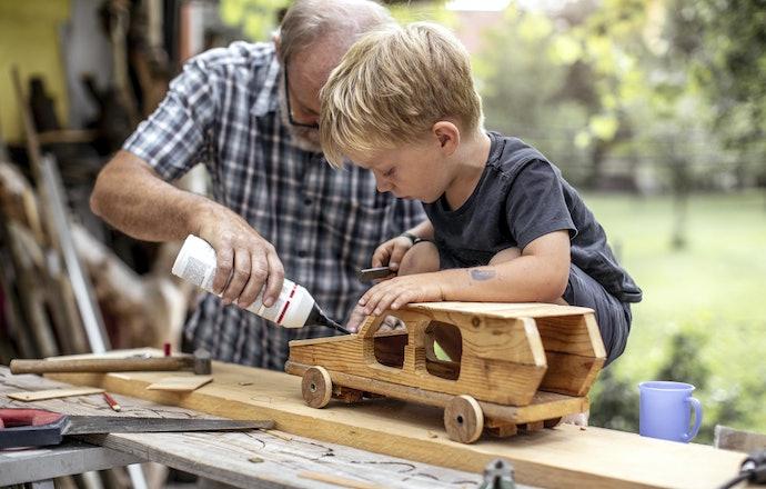 Building Kits Can Improve Cognitive Skills