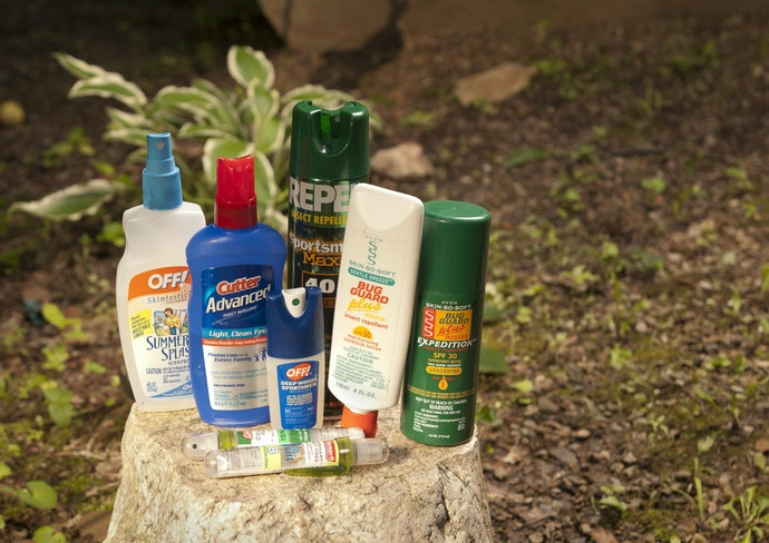 Why Should I Choose a Natural Bug Spray?