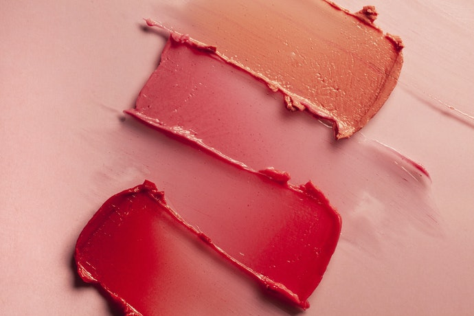 Choose a Type of Blush Based on Application and Portability