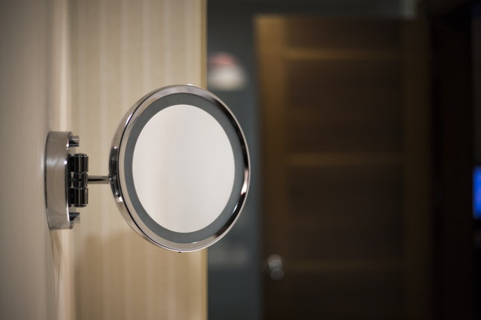 Mounted Mirrors Save Space but Installation Can Be Complicated