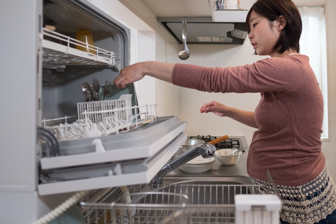 Countertop Dishwashers Are Compact