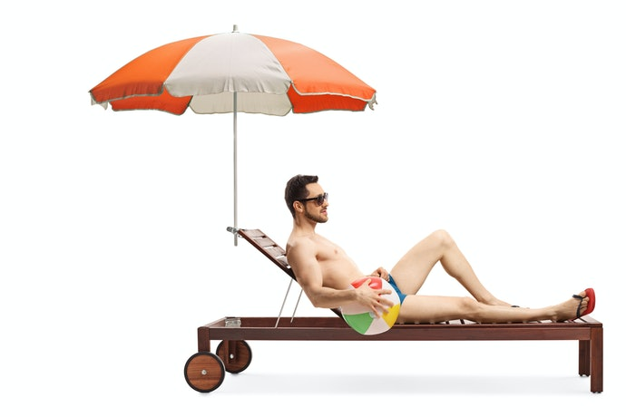 Go for a Clamp-On Umbrella for Solo Lounging