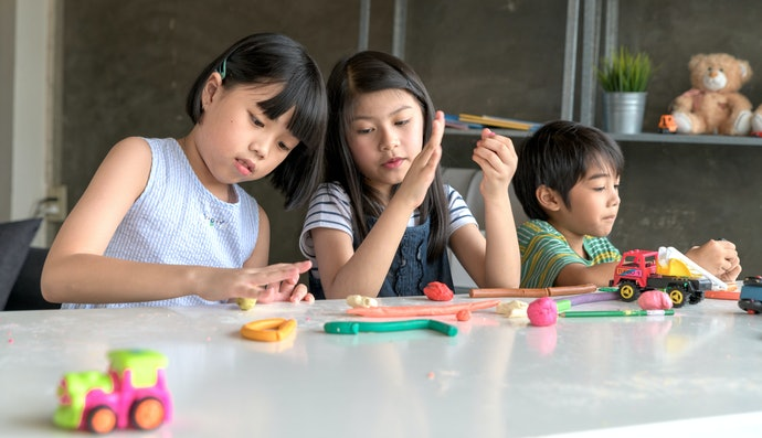 Foster Kids' Creativity with All Types of Craft