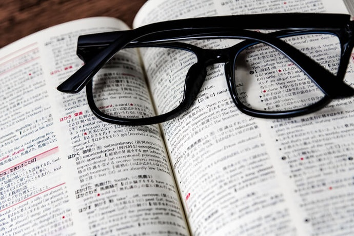Different Dictionaries for Different Types of Translation