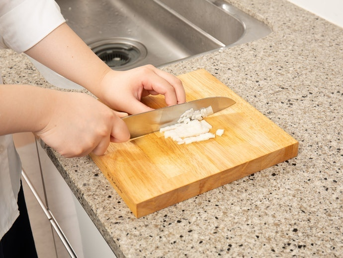 Choose a Cutting Board That's Thick