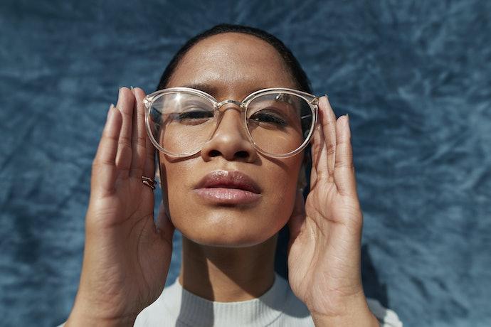 Light Sensitive Folks or Those Who Like Crisp Colors Should Get Clear Glasses