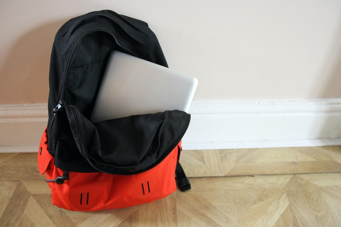 Laptop Compartments Keep Computers Safe