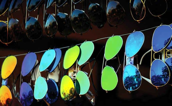 Choose Sunglasses With a Suitable Tint