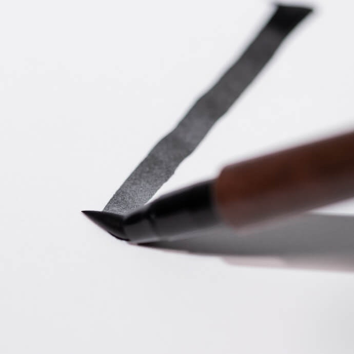 Thickness is Controlled by Adjusting Brush Contact With the Page