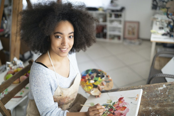 Most Beginners Should Buy Mid-grade Paints