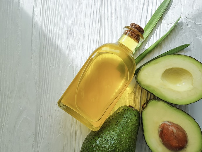 Protein- and Fatty Acid-Rich Ingredients Strengthen Your Hair Strands