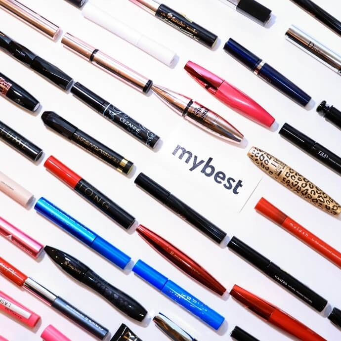 How We Tested the Mascaras