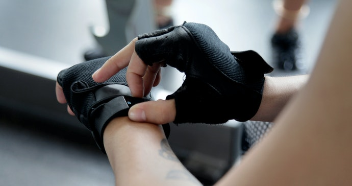 Why Use Workout Gloves?