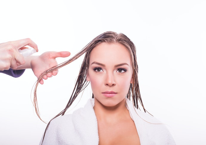 Pomades, Oils, and Waxes May Weigh Hair Down