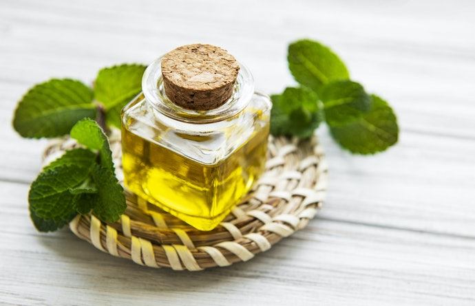 Thyme, Geraniol, Peppermint, and Cedar Oils Offer Some Protection