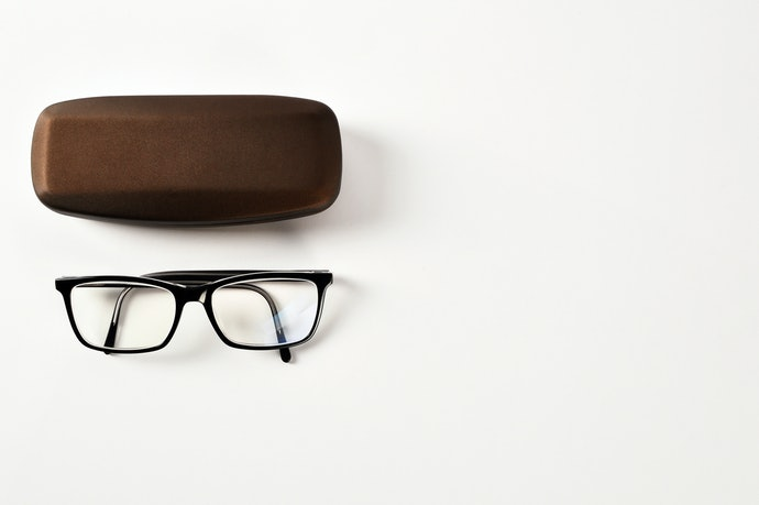 Hard Cases Keep Your Glasses From Getting Crushed
