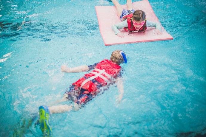 Inherently Buoyant Life Jackets Offer Maximum Buoyancy