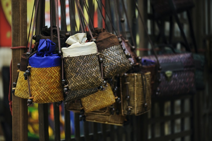 Bucket Bags for Stylish Space
