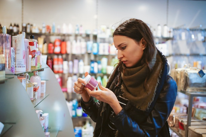 Opt for an Oil-Free or Non-Comedogenic Moisturizer
