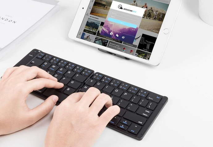 Folding Keyboards Pack Down Smaller But May Have Issues